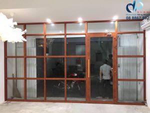 Thợ làm vách nhôm kính giá rẻ Quận Tân Bình.