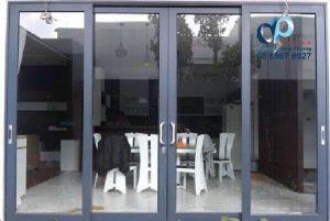 Lắp đặt nhôm kính việt Pháp ở Quận Tân Phú.